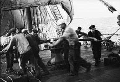 sailorsspinningcapstan